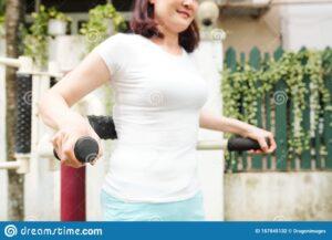 Desarrollar brazos grandes: bíceps, tríceps (parte 2)